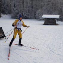 2021_01_07 Sachrang im Chiemgau, Eric und Hanna Thomas aus Oberaudorf beim Skilanglauf auf Medaillenjagd nach dem Winterjasmin
